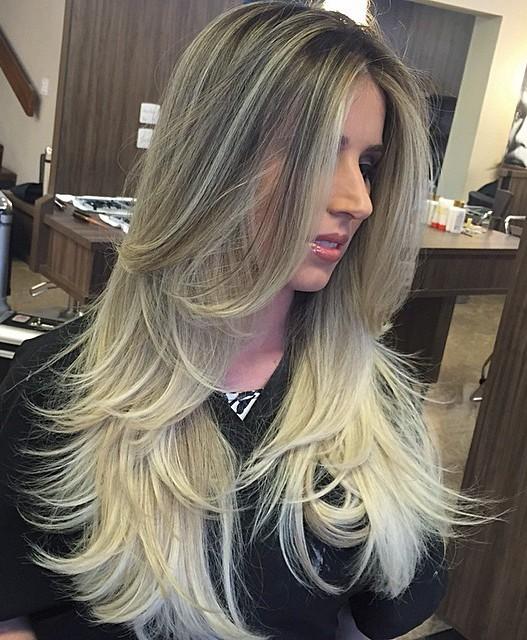 Long Layered Blonde Hair 98