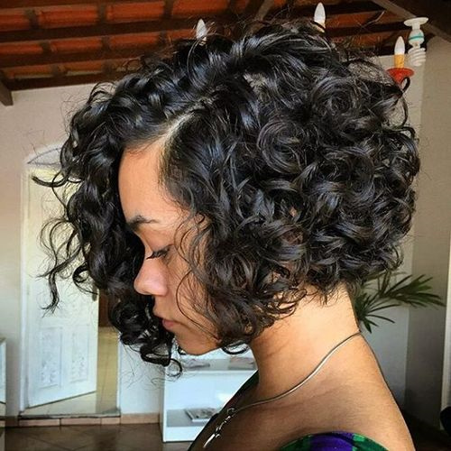 Brilliant 40 Different Versions Of Curly Bob Hairstyle Hairstyle Inspiration Daily Dogsangcom