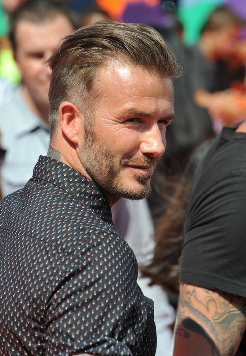 David Beckham Haircuts 20 Ideas From The Man With The Million Faces