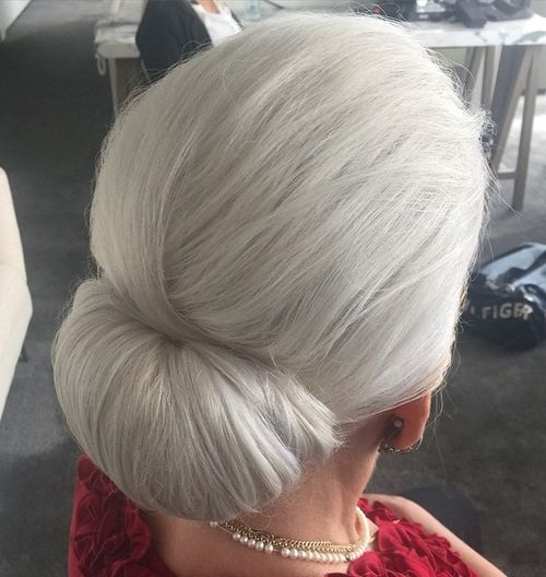 40 Contemporary And Stylish Long Hairstyles For Older Women