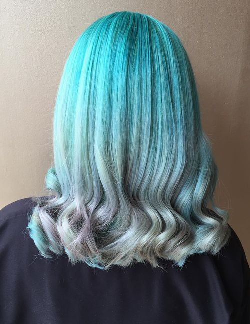 Two Toned Colored Hair: 20 Fresh Teal Hair Color Ideas For Blondes And Brunettes