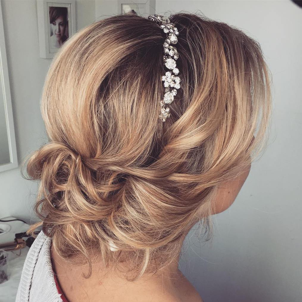 Updo Hairstyles For Wedding Guests: Top 20 Wedding Hairstyles For Medium Hair