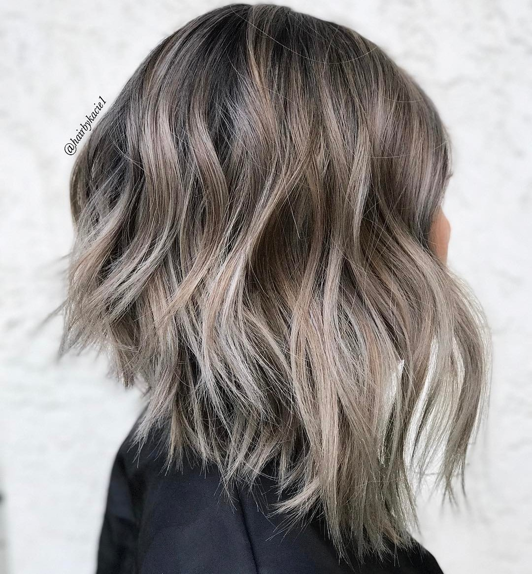 30 Chic Long Inverted Bobs to Inspire Your 3030 Makeover