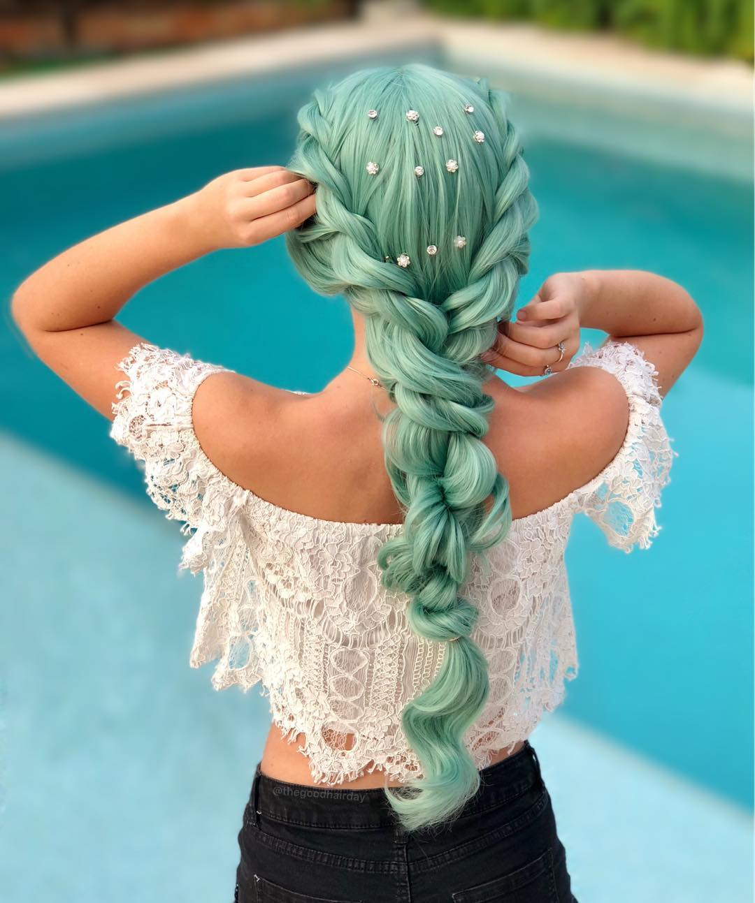 20 Party Hairstyles For Long Hair And Easy Steps To Try