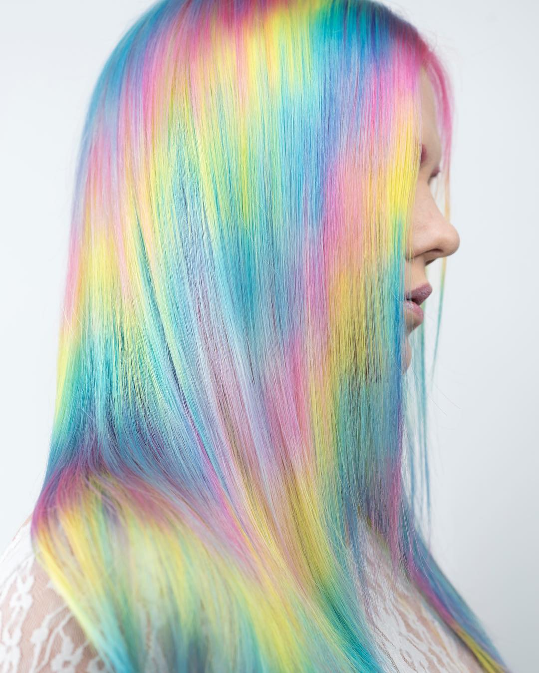 Holographic Hair Trend And How To Try It